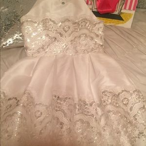 Five loaves two fish stunning dress size 7